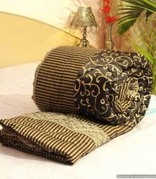Buy Handmade Cotton Quilts Online to decorate your Home