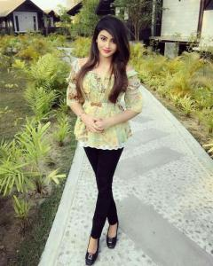 Call Girls In Kailash Colony Metro  8377877756 Escorts ServiCe In Delhi Ncr